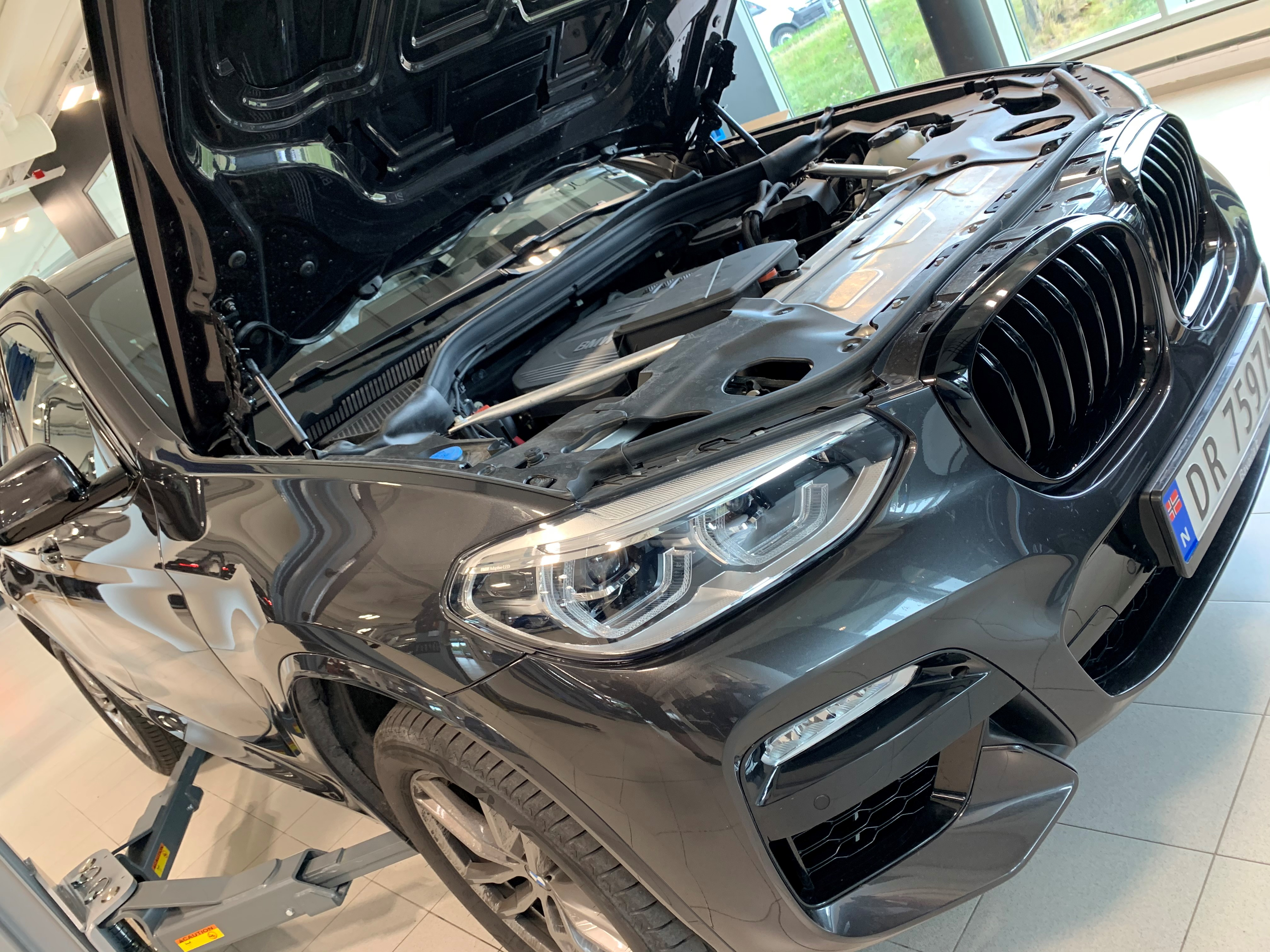 BMW verksted bilde