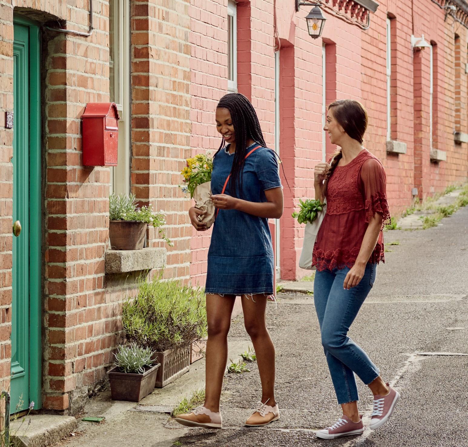 Airbnb women (2)-2